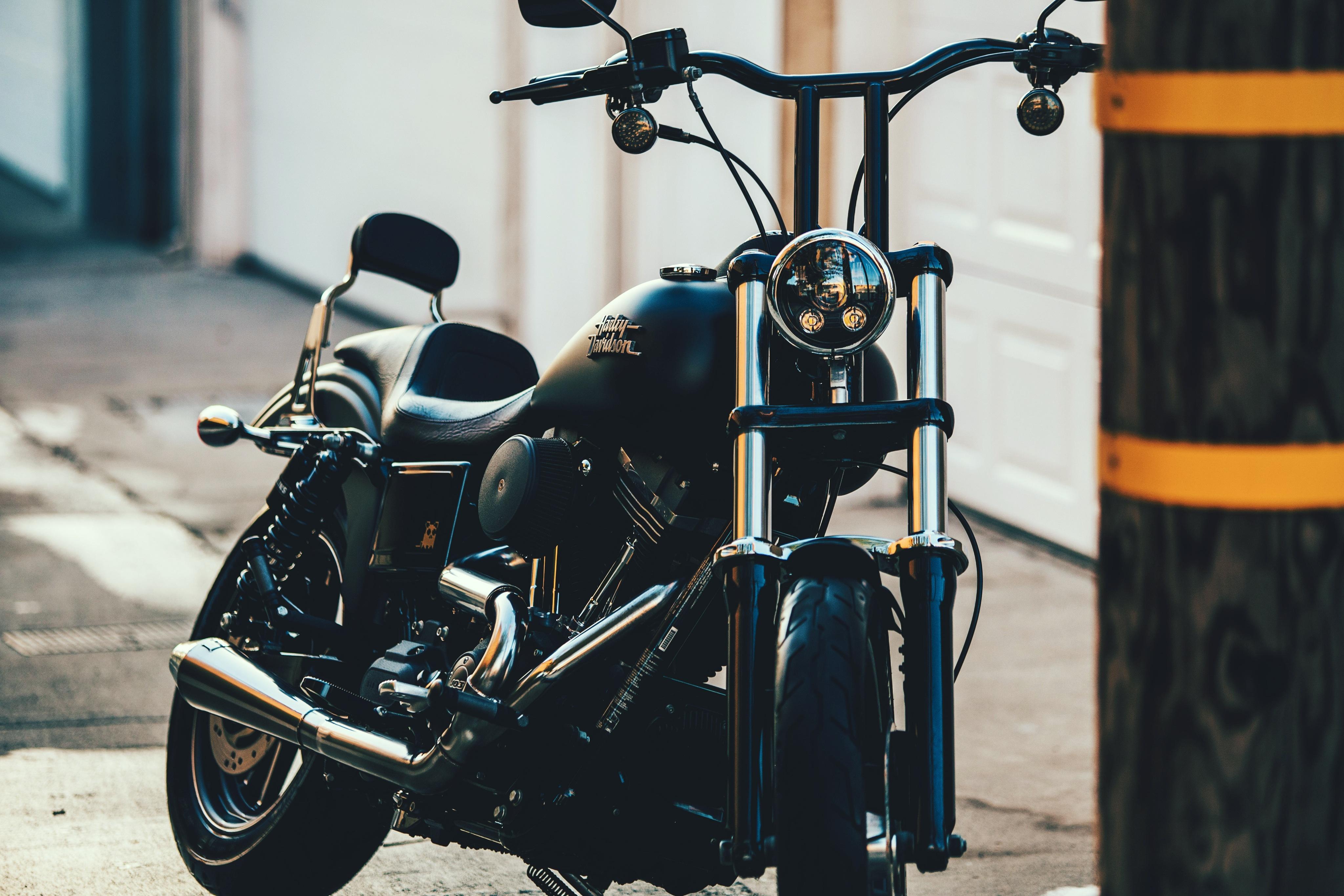 Kostenlose Hintergrundbilder Schwarz silbernes Cruiser Motorrad ...